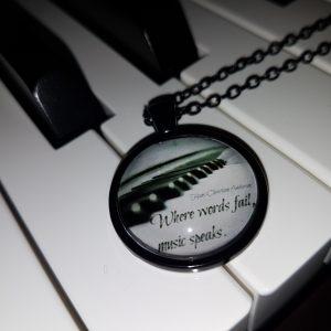 where words fail, music speaks_1